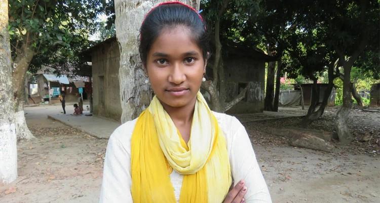 Bristy, de 12 anos, foi acolhida em abrigo que funciona com doações de parceiros da Portas Abertas.