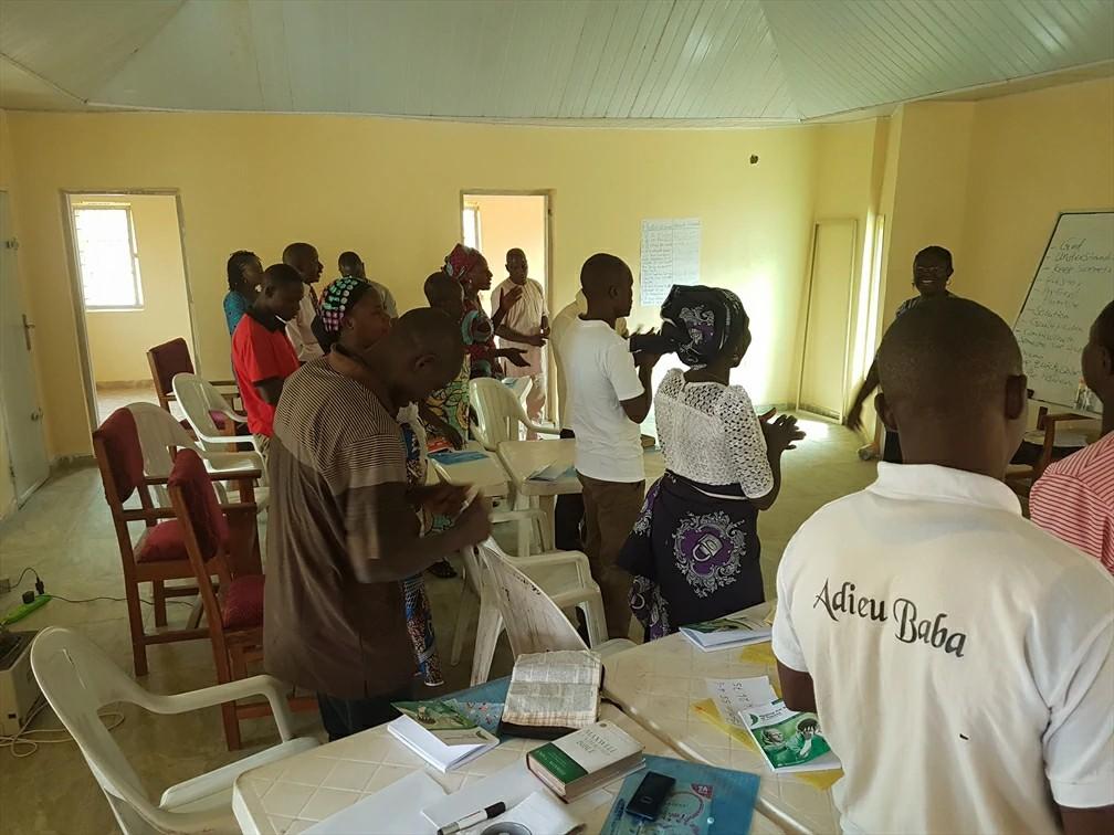 Nigerianos são beneficiados com treinamentos pós-trauma no Shalom Centre, inaugurado pela Portas Abertas