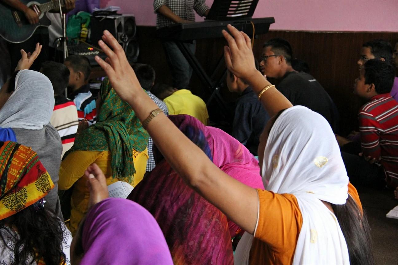Nos últimos meses, uma crescente onda de perseguição chegou ao Nepal. Os nossos irmãos precisam das nossas orações