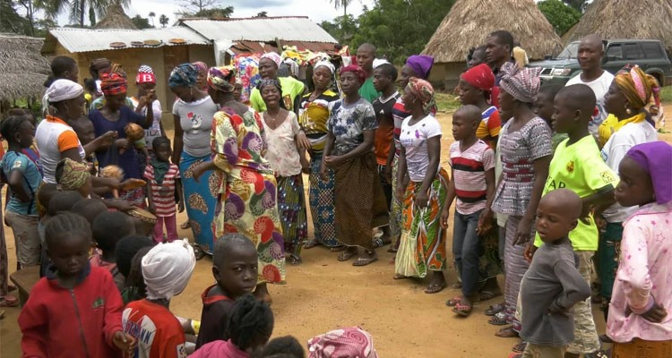 Ser expulso de sua vila na Guiné é perder mais que sua casa, mas também seu sustento e família