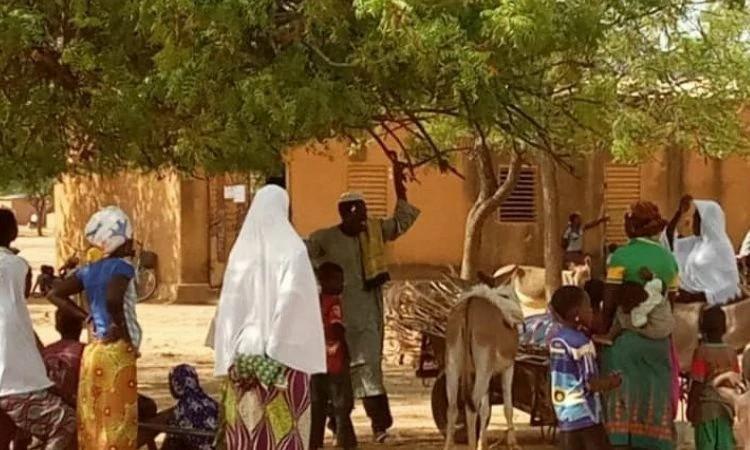 Cristãos são deslocados pela perseguição de grupos extremistas em Burkina Faso