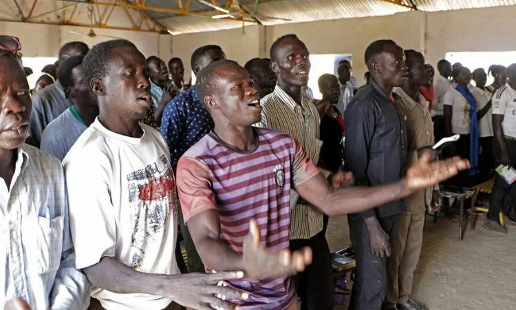 Cristãos estão autorizados a cultuar aos domingos e celebrar dias especiais no Sudão