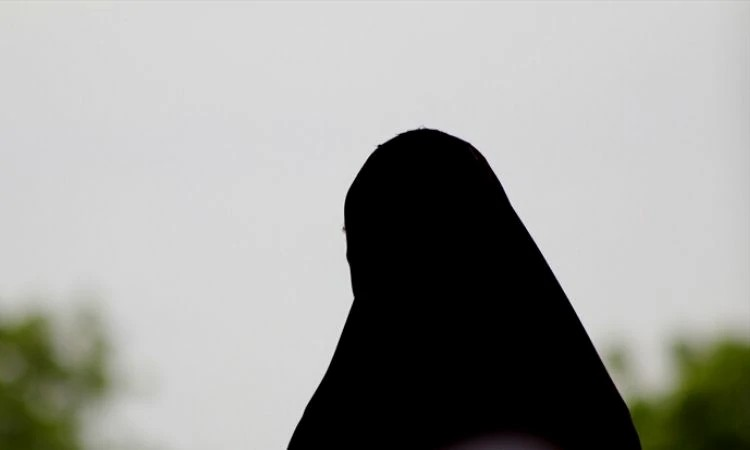 Uma mulher muçulmana que decide seguir a Jesus fica vulnerável à perseguição do esposo e parentes