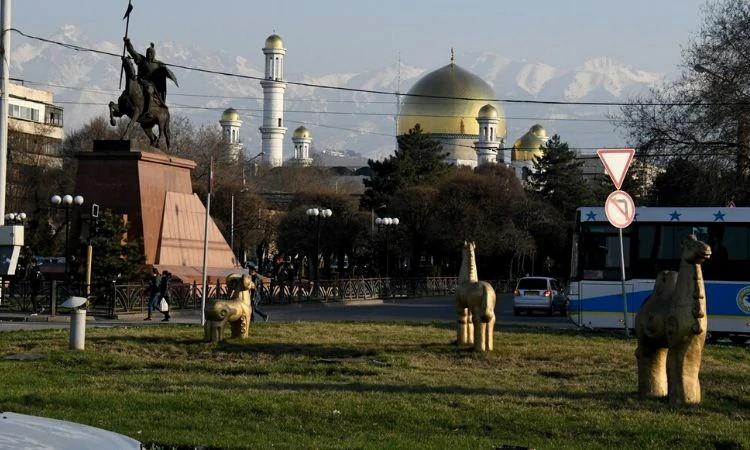 O governo e o extremismo islâmico são os inimigos dos cristãos no Cazaquistão