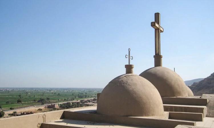 O prefeito de Faw Bahry decidiu fechar a igreja cristã, após os membros serem atacados por extremistas islâmicos