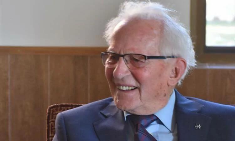 Hoje o irmão André completa 92 anos! Agradeça e ore pela vida do fundador da Portas Abertas