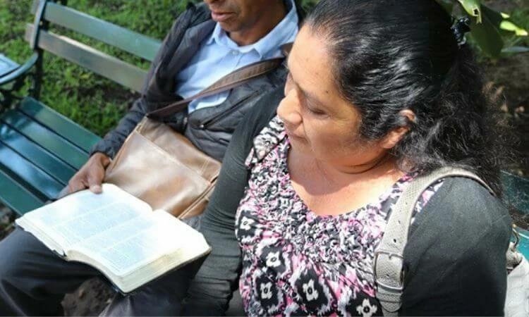 Cristãos são expulsos de vila e encontram socorro e abrigo no México