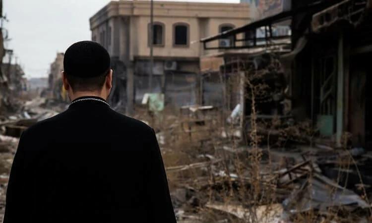 Líder cristão confere as consequências dos ataques do Estado islâmico no Iraque